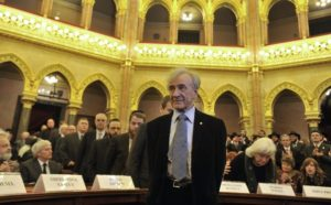諾貝爾和平獎得主作家埃利.維瑟爾(Elie Wiesel)辭世,享壽87歲。美聯社